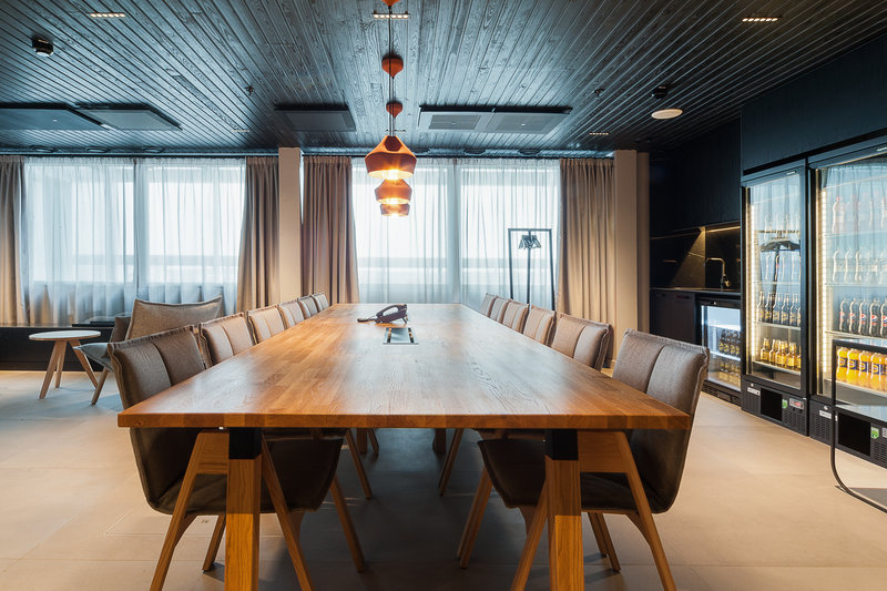 Holiday Inn Helsinki - Exhibition & Convention Centre-Perfect Board room for twelve. Cocktails even up to 30 people<br/>Image from Leonardo