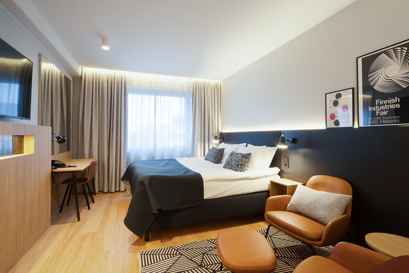 Holiday Inn Helsinki - Exhibition & Convention Centre-Select Executive King Bed room and enjoy additional amenities<br/>Image from Leonardo