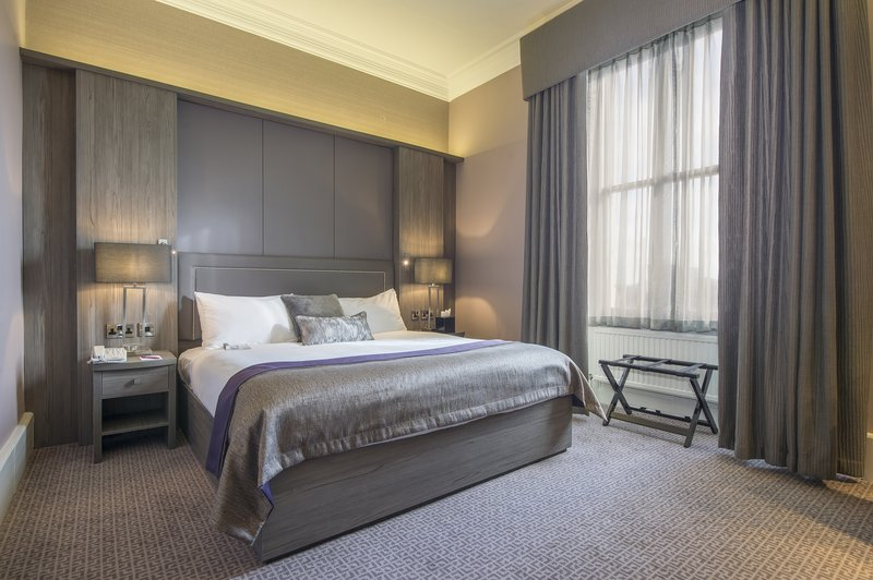Holiday Inn Sheffield-Book one of our Deluxe room to add more comfort to your stay<br/>Image from Leonardo