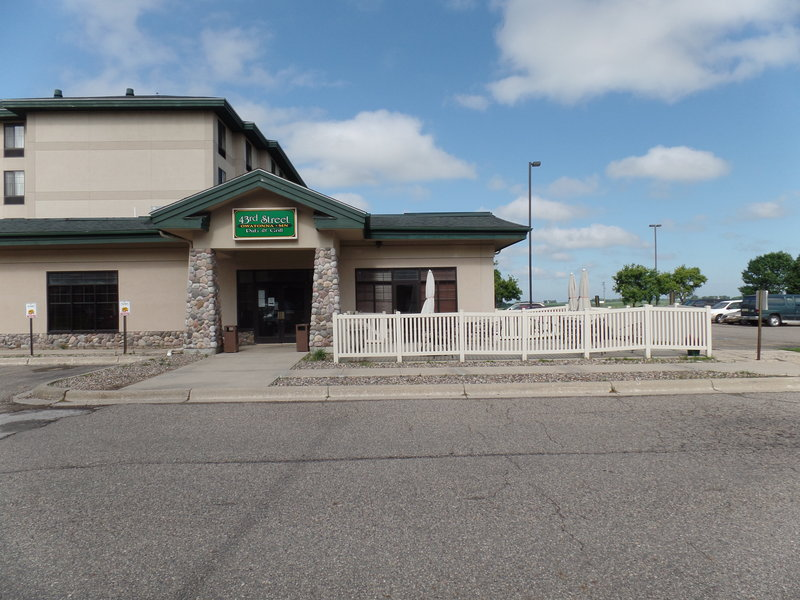 Holiday Inn Hotel & Suites Owatonna-Hotel Exterior<br/>Image from Leonardo