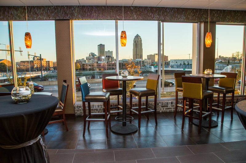 Holiday Inn Des Moines Downtown - Mercy Area-Skyline view Close to Wells Fargo Arena<br/>Image from Leonardo