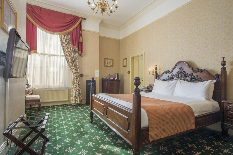 Holiday Inn Sheffield-The 1862 Suite is the largest Suite in the hotel<br/>Image from Leonardo