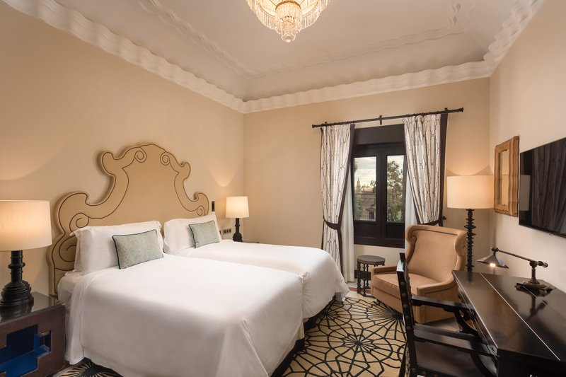 Hotel Alfonso XIII; a Luxury Collection Hotel Seville-Grand Deluxe Guest Room<br/>Image from Leonardo