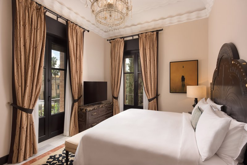 Hotel Alfonso XIII; a Luxury Collection Hotel Seville-King Premium Suite<br/>Image from Leonardo