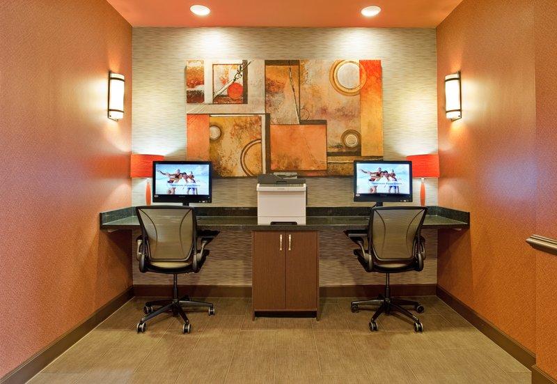 Holiday Inn Resort Galveston-On The Beach-Business Center<br/>Image from Leonardo