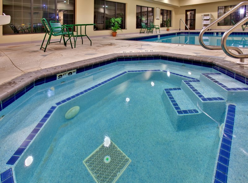 Staybridge Suites Davenport-Davenport Staybridge Suites Swimming Pool<br/>Image from Leonardo