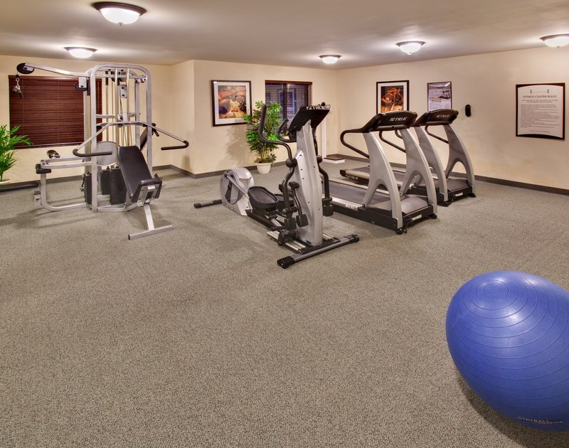 Staybridge Suites Davenport-Davenport Staybridge Suites fitness center<br/>Image from Leonardo