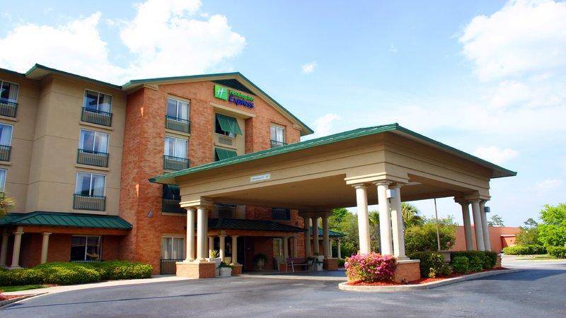 Holiday Inn Express Bluffton-Hotel Exterior<br/>Image from Leonardo