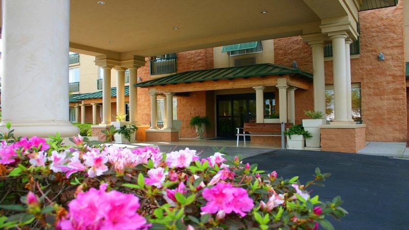 Holiday Inn Express Bluffton-Entrance<br/>Image from Leonardo