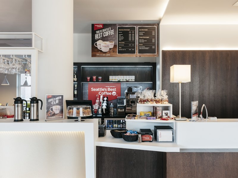 Holiday Inn Express Antwerp City - North-Seatlle's Best Coffee Corner<br/>Image from Leonardo