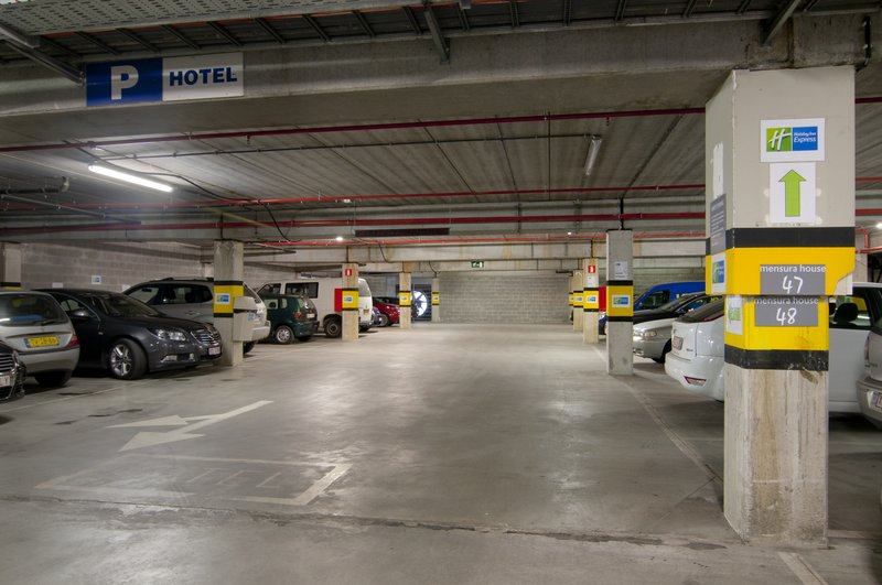 Holiday Inn Express Antwerp City - North-Private parking under the Holiday Inn Express Antwerp<br/>Image from Leonardo