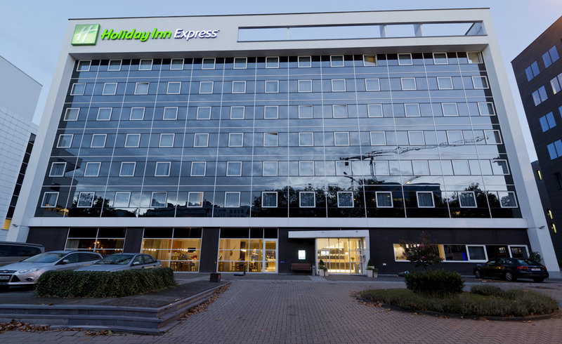 Holiday Inn Express Antwerp City - North-Hotel Exterior<br/>Image from Leonardo