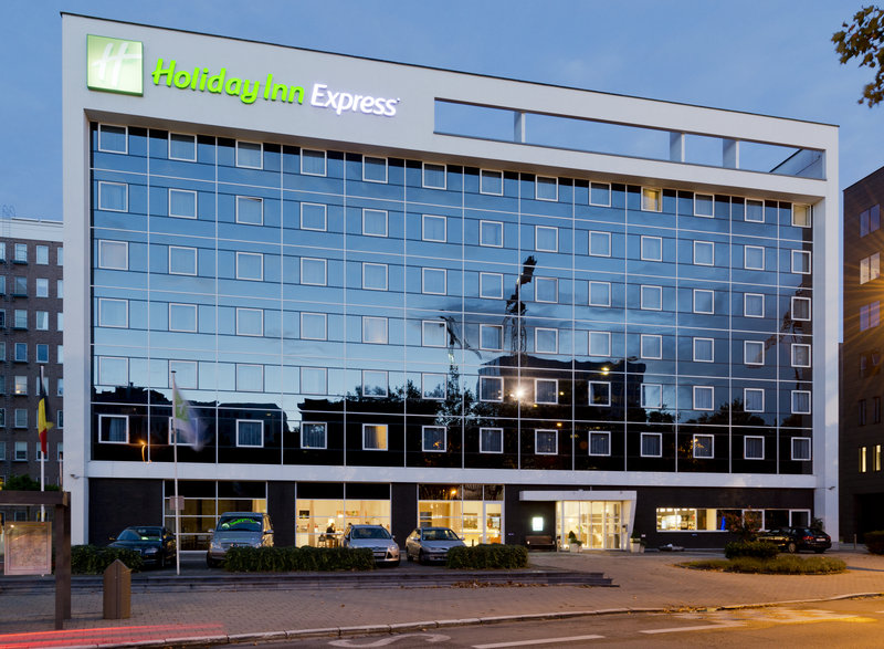Holiday Inn Express Antwerp City - North-The Hotel Exterior - Holiday Inn Express by Night<br/>Image from Leonardo
