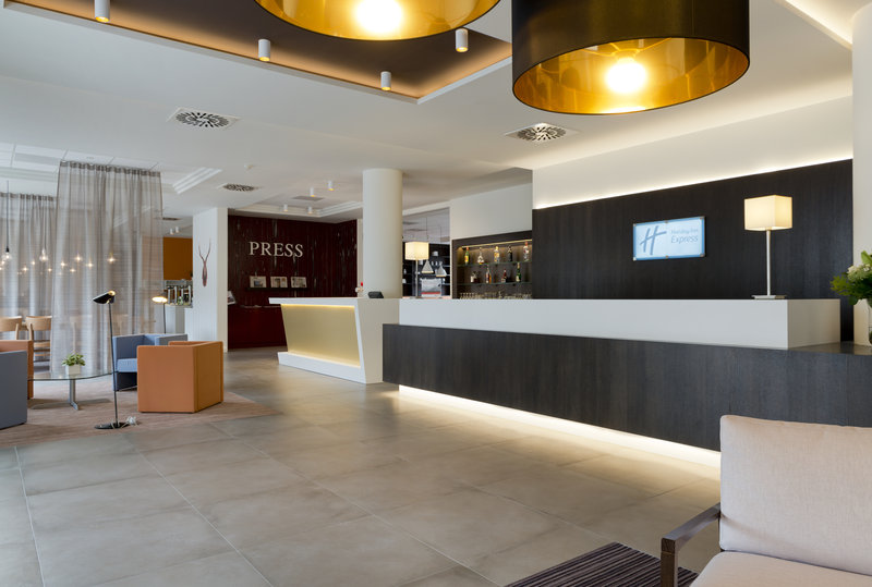 Holiday Inn Express Antwerp City - North-Hotel Lobby<br/>Image from Leonardo