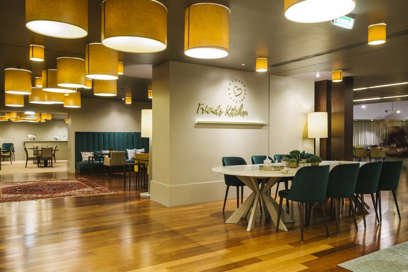 Holiday Inn Porto Gaia-Restaurant<br/>Image from Leonardo