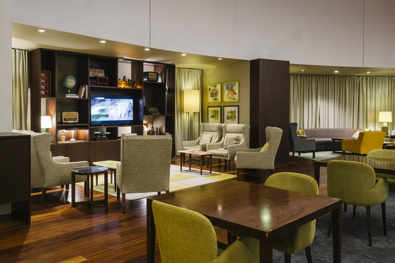 Holiday Inn Porto Gaia-Lounge<br/>Image from Leonardo
