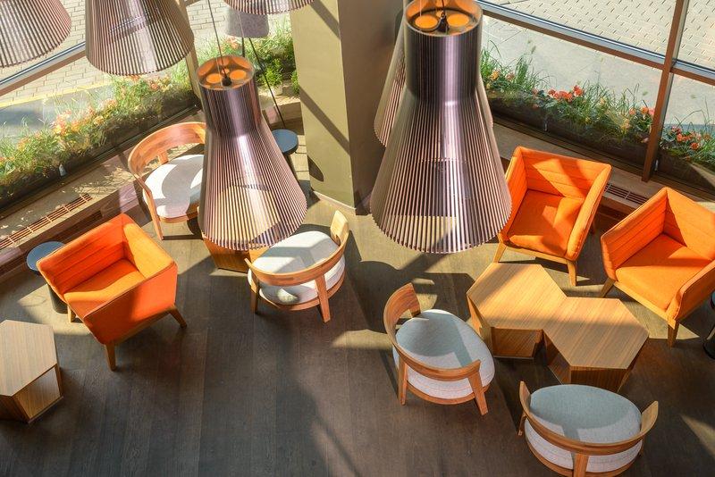 Holiday Inn Vilnius-Lobby bar<br/>Image from Leonardo