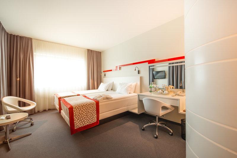 Holiday Inn Vilnius-Executive twin room<br/>Image from Leonardo