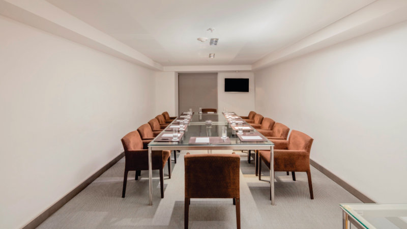 Holiday Inn Express Puebla-Boardroom<br/>Image from Leonardo