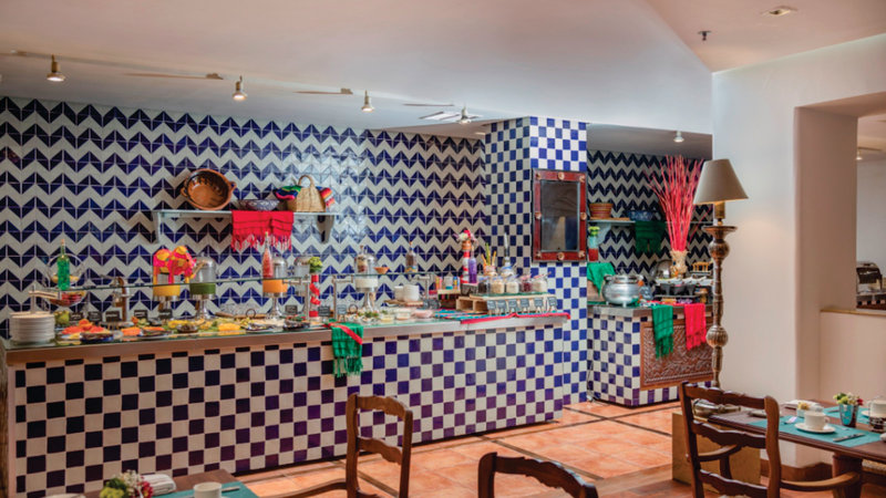 Holiday Inn Express Puebla-Buffet<br/>Image from Leonardo