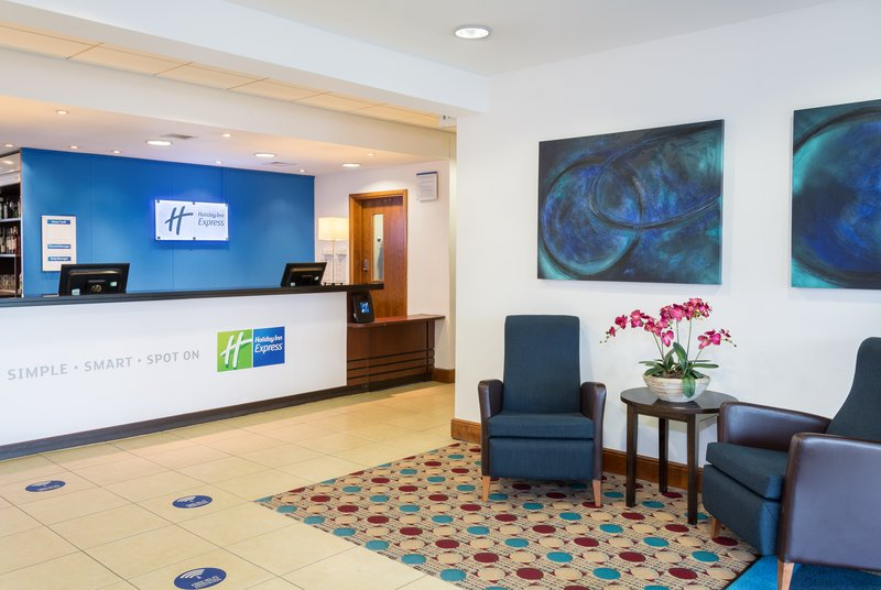 Holiday Inn Express Braintree-Hotel Lobby<br/>Image from Leonardo