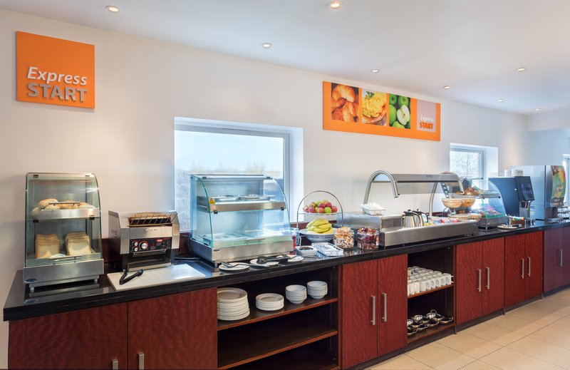 Holiday Inn Express Braintree-Breakfast Bar<br/>Image from Leonardo