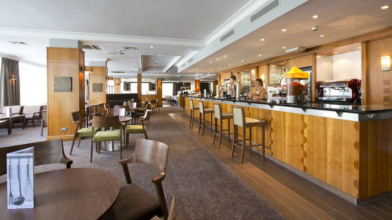 Holiday Inn Peterborough West-Bar at the Holiday Inn Peterborough West<br/>Image from Leonardo