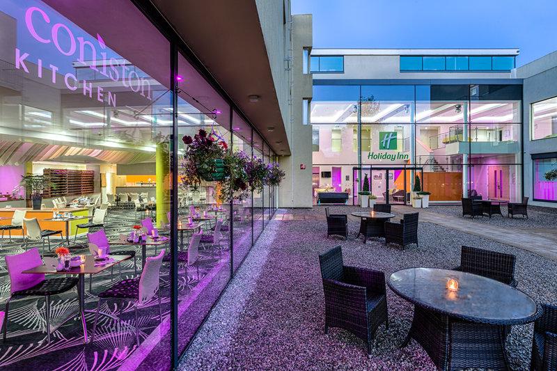Holiday Inn Sittingbourne-Holiday Inn Sittingbourne Courtyard<br/>Image from Leonardo