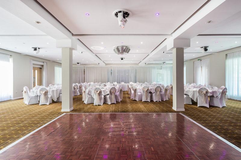 Holiday Inn Sittingbourne-Holiday Inn Sittingbourne Ballroom<br/>Image from Leonardo