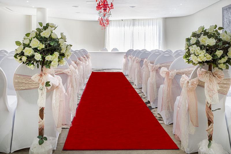 Holiday Inn Sittingbourne-Holiday Inn Sittingbourne Private Dining/Wedding Ceremony<br/>Image from Leonardo