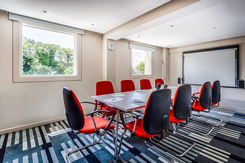 Holiday Inn Sittingbourne-Holiday Inn Sittingbourne Meeting Room 2<br/>Image from Leonardo