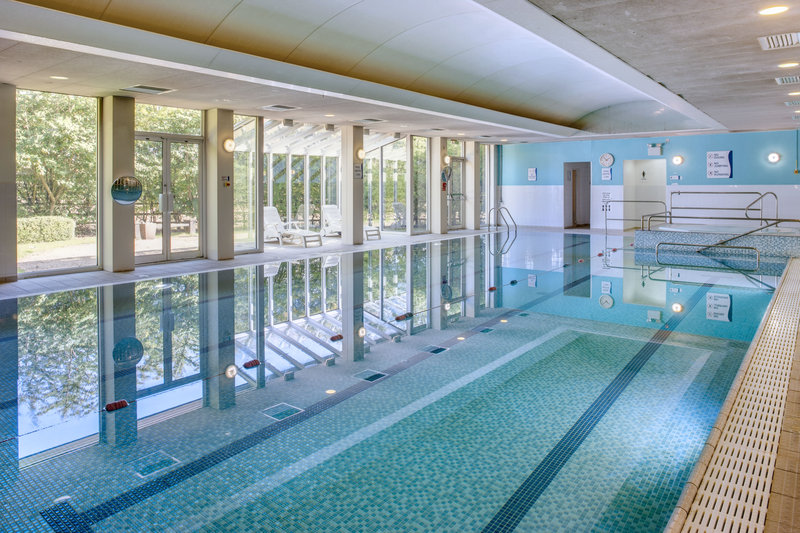 Holiday Inn Colchester-Indoor Swimming Pool<br/>Image from Leonardo