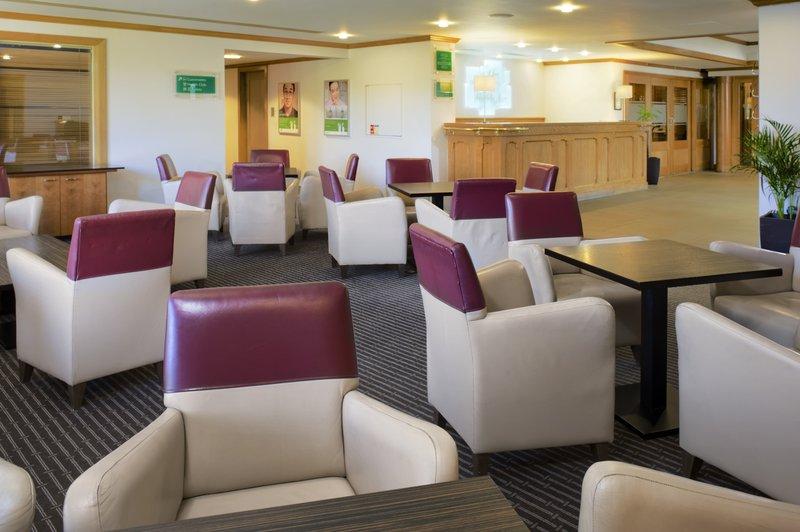 Holiday Inn Colchester-Lobby Lounge<br/>Image from Leonardo