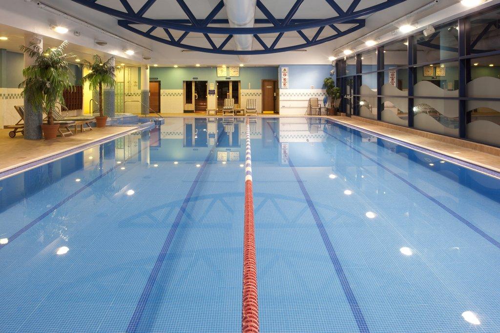 Holiday Inn Barnsley M1, Jct.37-Swimming at the onsite Bannatyne's Health Club<br/>Image from Leonardo