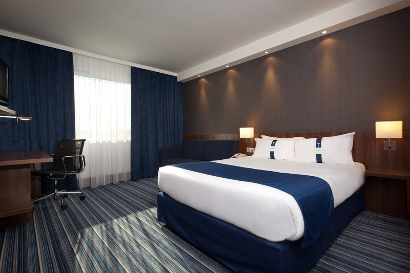 Holiday Inn Express Strasbourg Sud-Double Bed Guest Room with Sofa Bed for 2 children<br/>Image from Leonardo