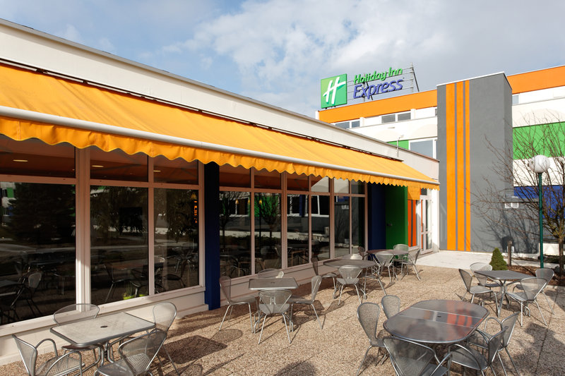 Holiday Inn Express Strasbourg Sud-Exterior Feature<br/>Image from Leonardo