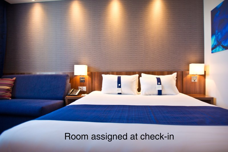Holiday Inn Express Strasbourg Sud-Room type subject to availability<br/>Image from Leonardo