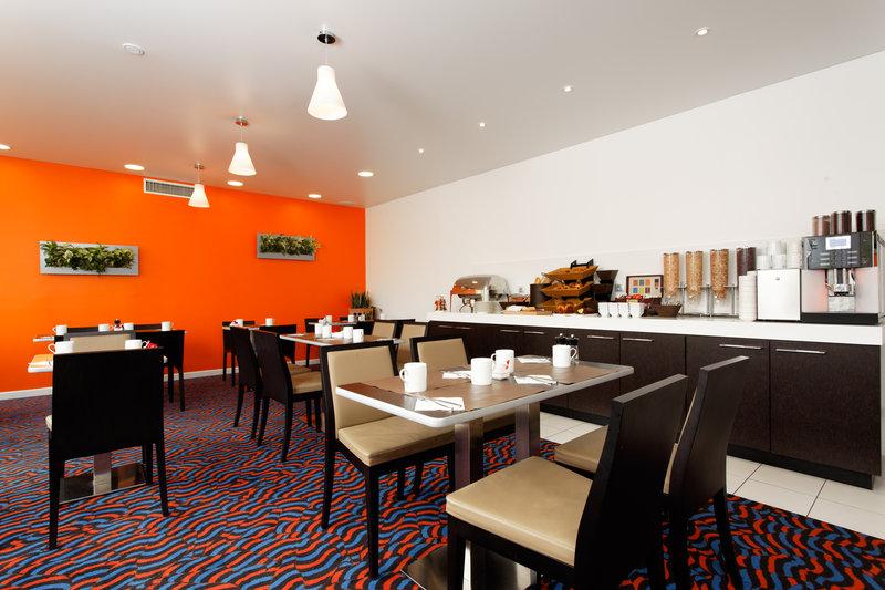 Holiday Inn Express Strasbourg Sud-Breakfast Area<br/>Image from Leonardo