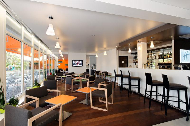Holiday Inn Express Strasbourg Sud-Lobby Lounge<br/>Image from Leonardo