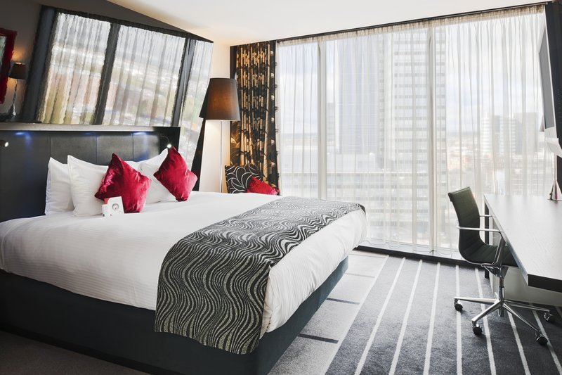 Crowne Plaza Manchester City Centre-Club Floor Room includes club lounge access<br/>Image from Leonardo