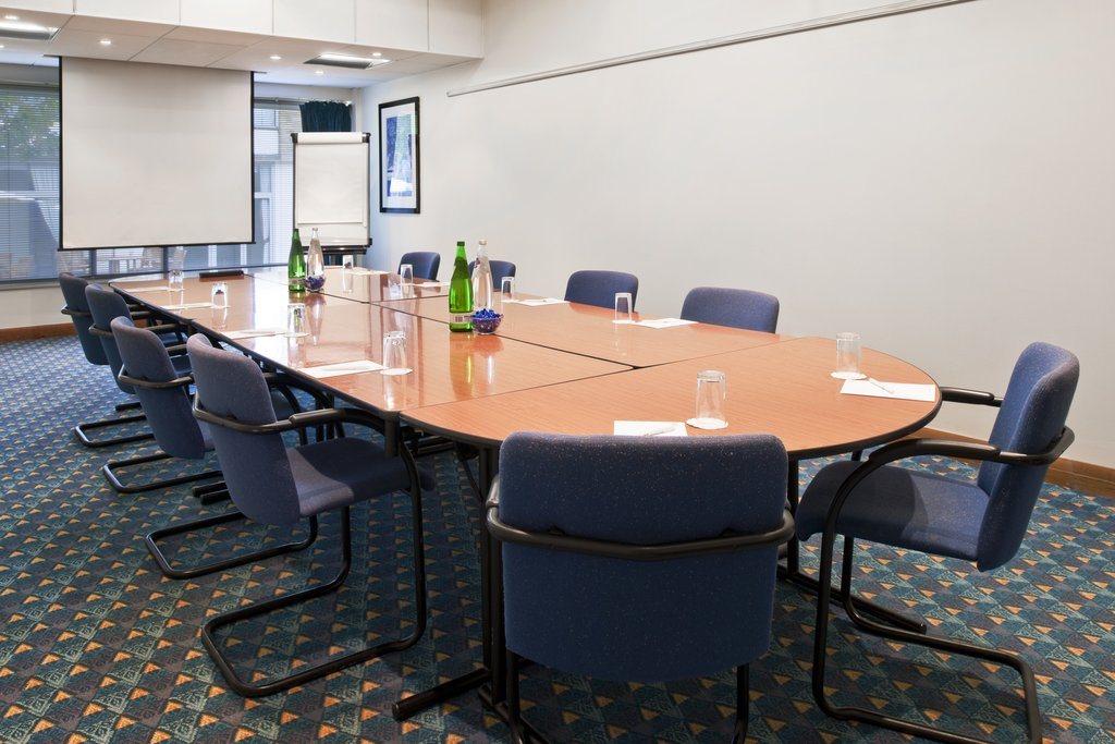 Holiday Inn Doncaster A1(M), Jct 36-Meeting Room Boardroom Style<br/>Image from Leonardo