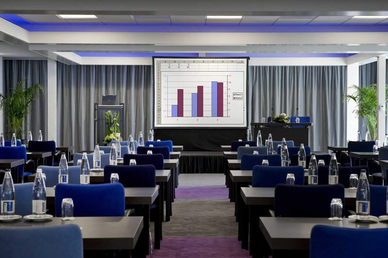 Holiday Inn Eindhoven-Meeting Room - A new approach to business<br/>Image from Leonardo