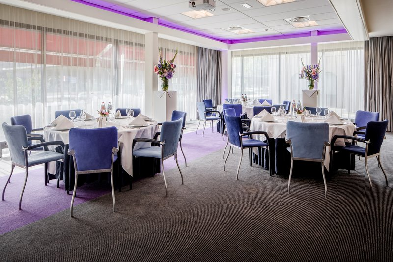 Holiday Inn Eindhoven-Meeting Room - For business or leisure<br/>Image from Leonardo