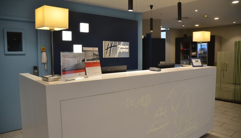 Mercure Amiens Cathedrale Hotel-Front Desk<br/>Image from Leonardo