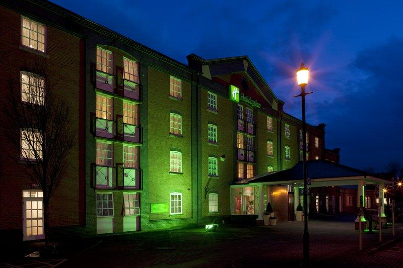Holiday Inn Ellesmere Port/ Cheshire Oaks-Evening at Holiday Inn Ellesmere Port/ Cheshire Oaks<br/>Image from Leonardo