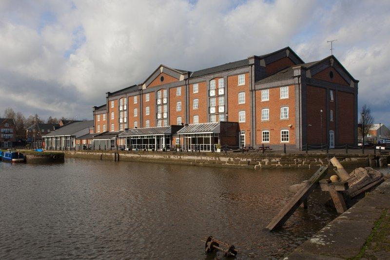 Holiday Inn Ellesmere Port/ Cheshire Oaks-Welcome to Holiday Inn Ellesmere Port/Cheshire Oaks<br/>Image from Leonardo
