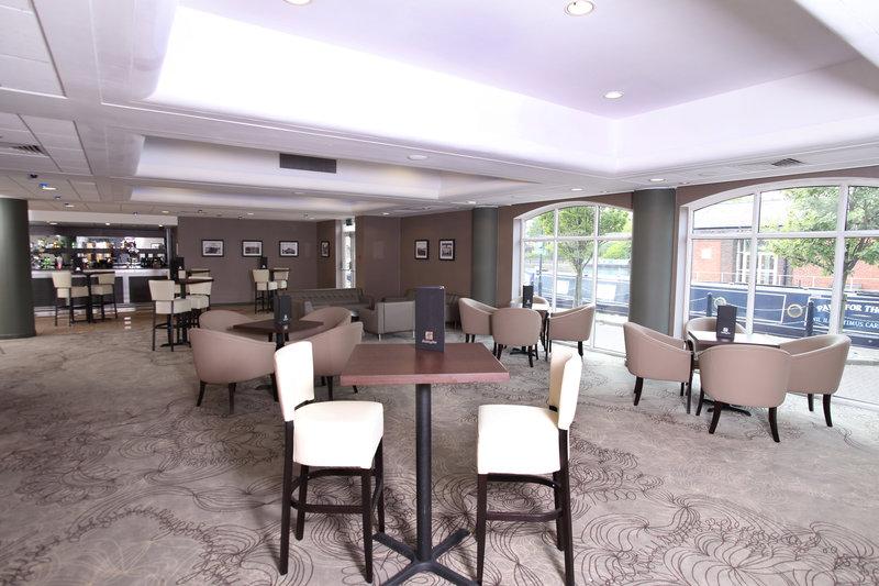 Holiday Inn Ellesmere Port/ Cheshire Oaks-Mercer Bar/Recetion Drinks area<br/>Image from Leonardo