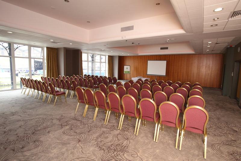 Holiday Inn Ellesmere Port/ Cheshire Oaks-Mercer Suite 1 Theatre Style<br/>Image from Leonardo