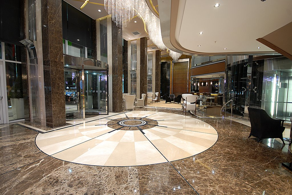 Holiday Inn Ankara-Kavaklidere-Welcome to our classy hotel lobby<br/>Image from Leonardo