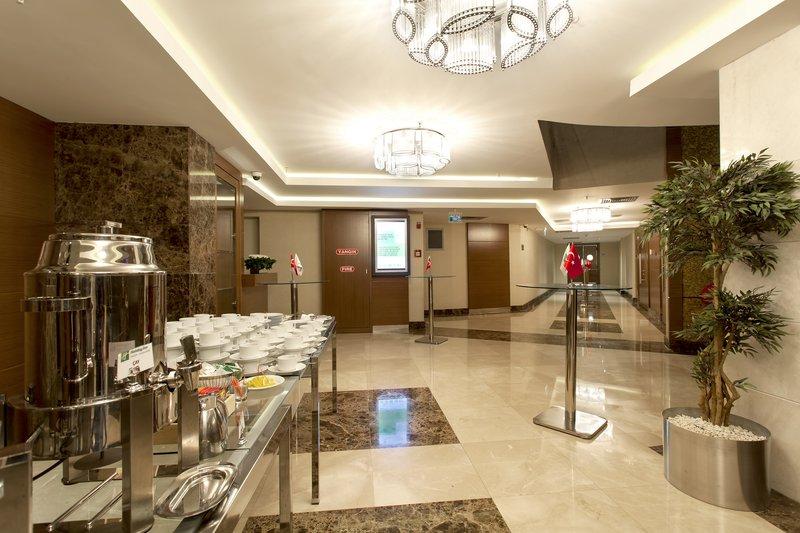 Holiday Inn Ankara-Kavaklidere-Pre-function Area<br/>Image from Leonardo